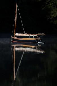 boat-reflect